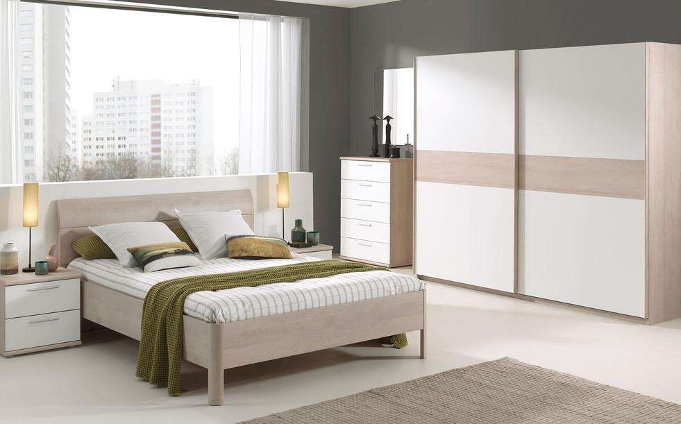 Dena Bedroom Pic1
