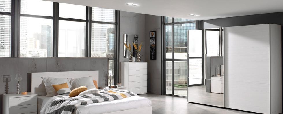 Halle Light Oak Bedroom Pic1