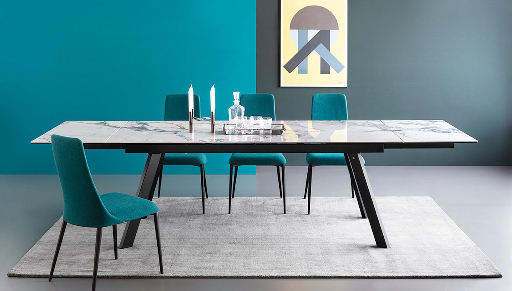 Ponente Table Pic2