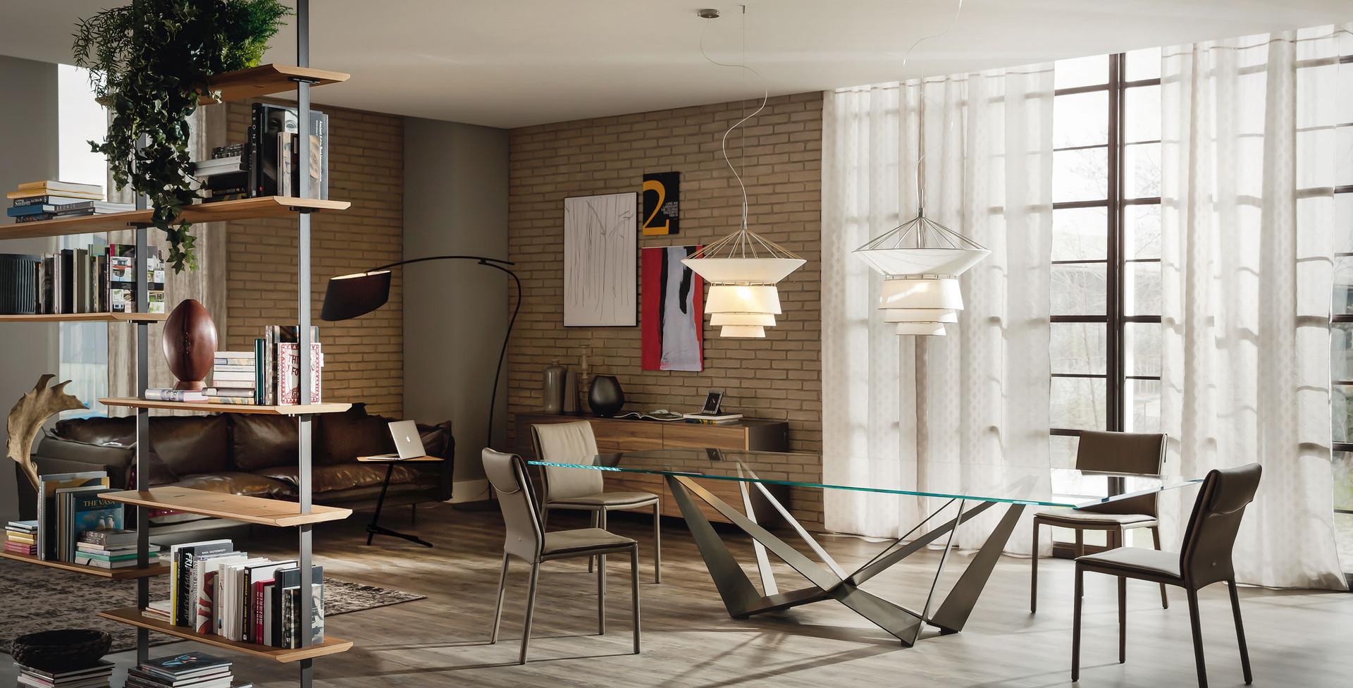 Skorpio Glass Table Pic5