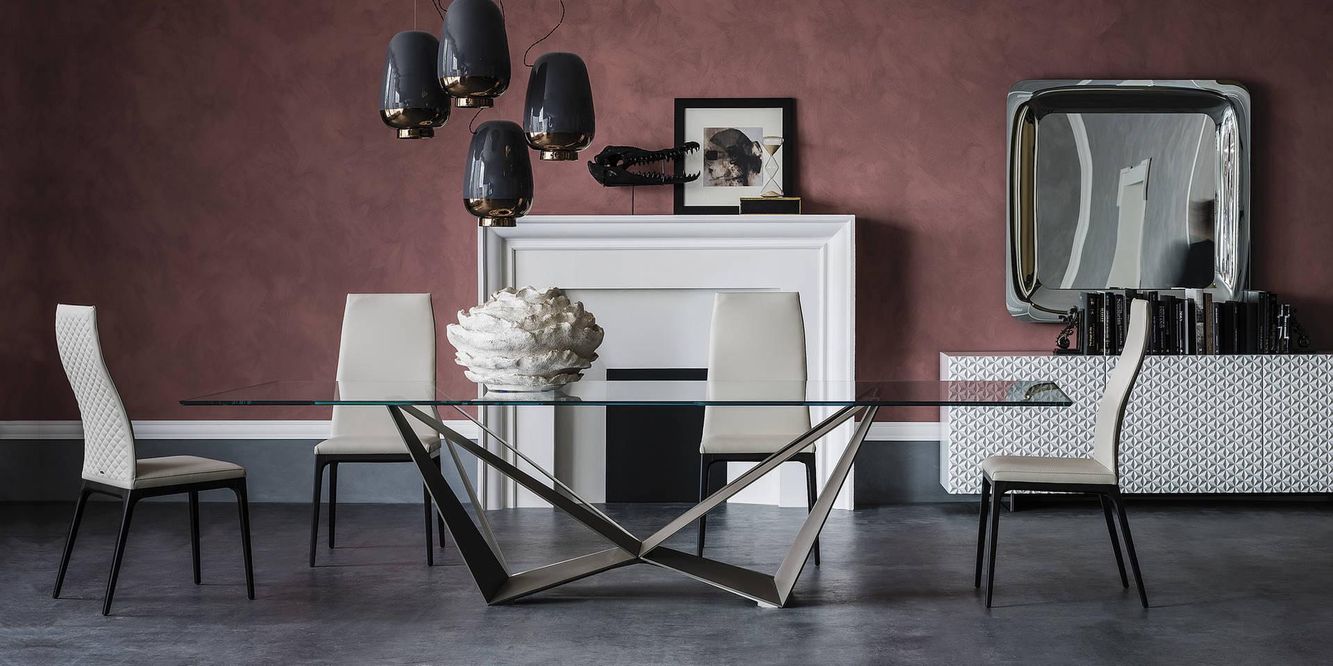 Skorpio Glass Table Pic1