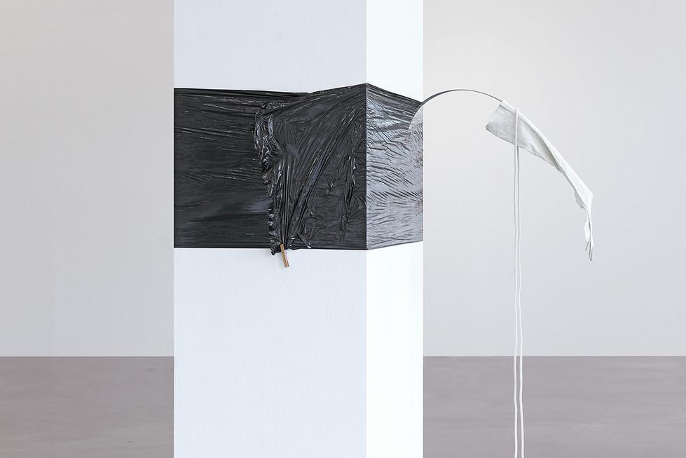 [.] weiter machen, Installationsansicht, Kunsthaus Hamburg 2021, Foto: Hayo Heye