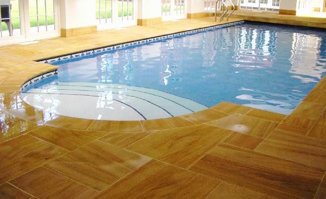 Private house, sw.pool  Teakwood sandsto