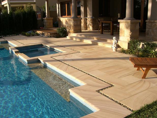 Villa in Emirates Hills, sw.pool   sands