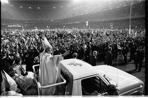 Pope_John_Paul_II_visit_to_U.S.jpg
