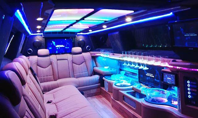 Florianopolis limousine 300c