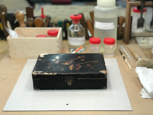 Coating a Chinese Export Lacquer Box