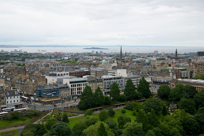 Edinburgh + Scotland Highlands Travel Guide