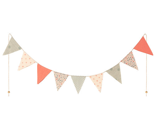 MAILEG Garland, 9 flags Multicolor