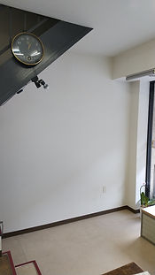 ギャラリー階段下.JPG