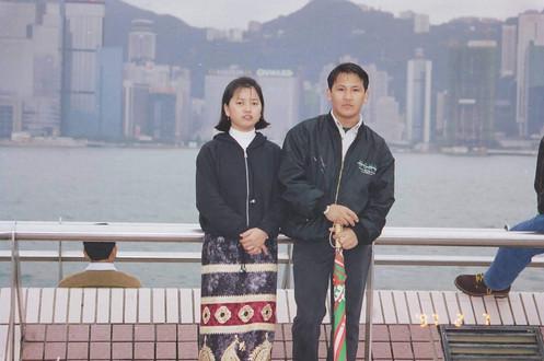 couple portrait hong kong old family photo