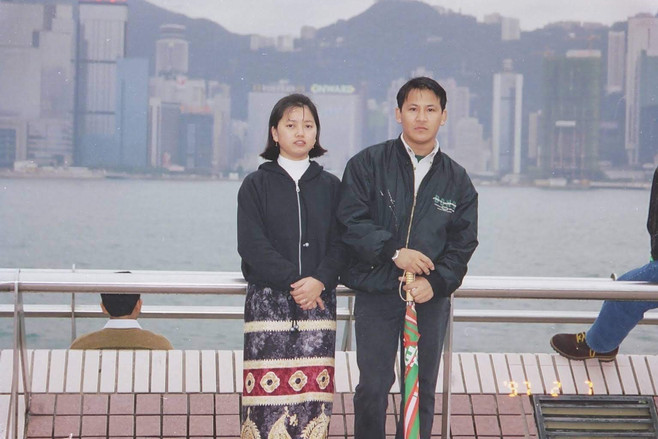 couple portrait hong kong old family photo