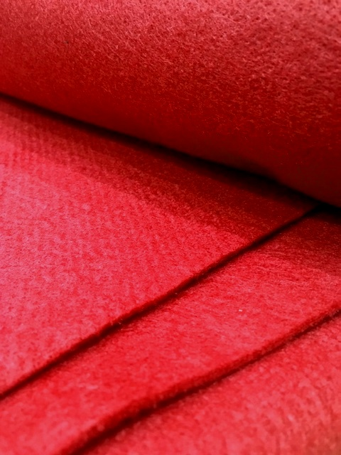 Войлок иглопробивной ВИ-350 (красный)