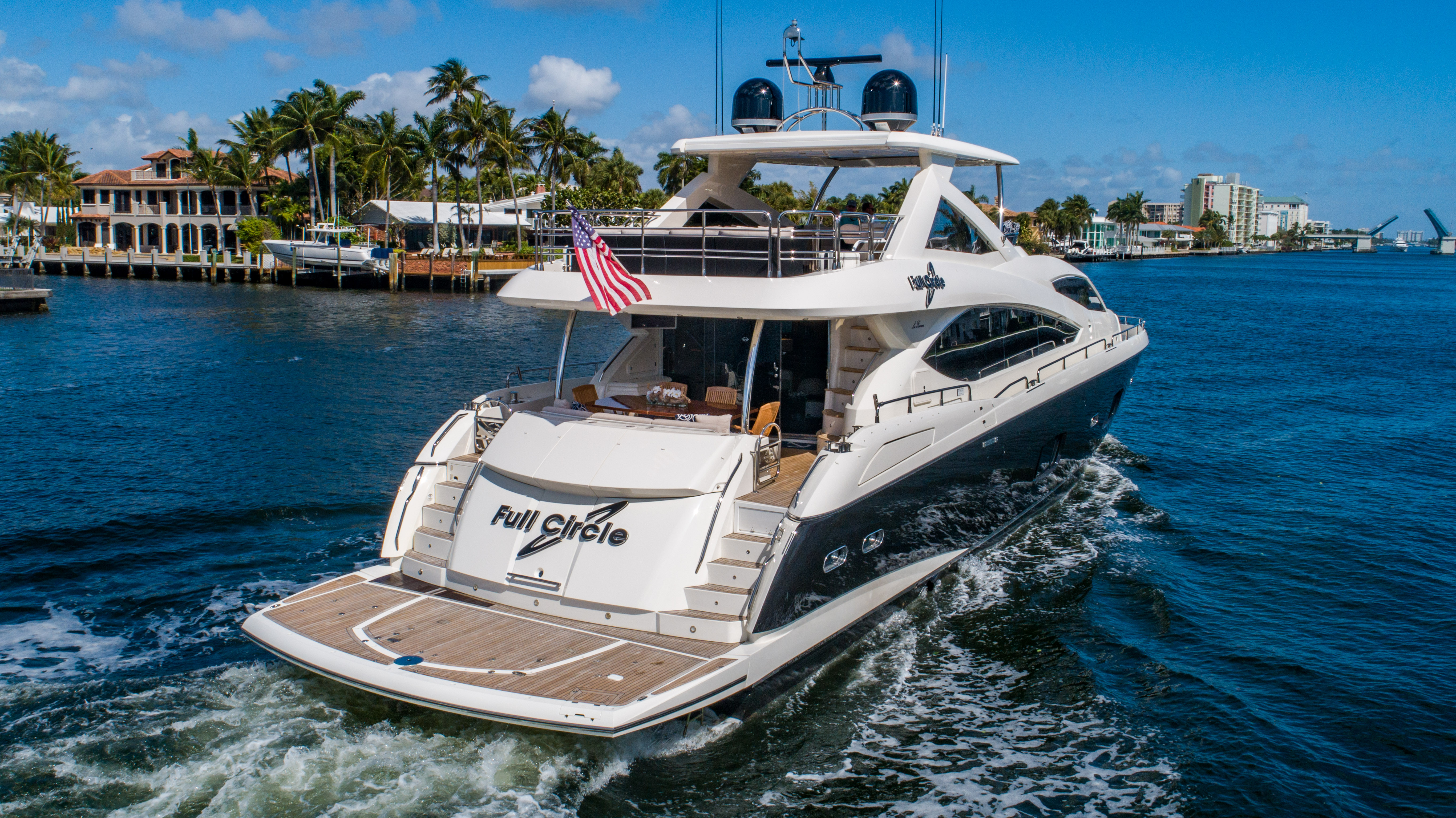 88-2014-sunseeker-full-circle-02