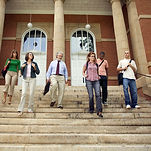 Universitätsstudenten und Professor