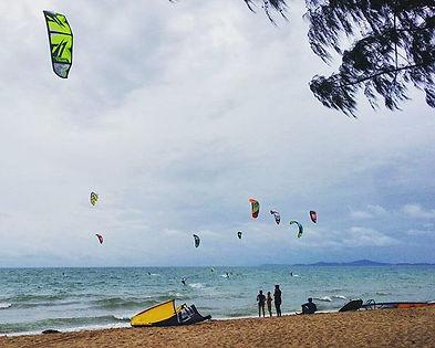 kitesurfing pattaya thailand : rental / ให้เช่าวินด์เซิร์ฟ / ให้เช่าไคท์เซิร์ฟ / ให้เช่าเจ็ทสกี