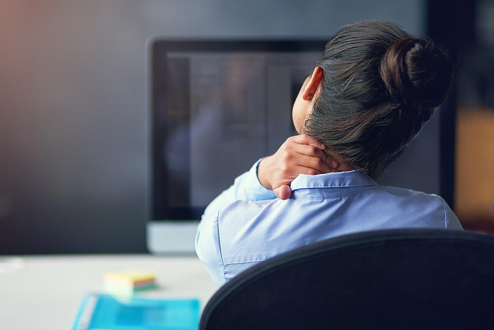 Postures de travail statiques et prévention des TMS