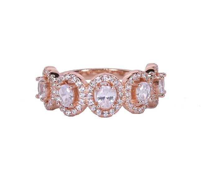 טבעת עיגולים משובצת קלאסית