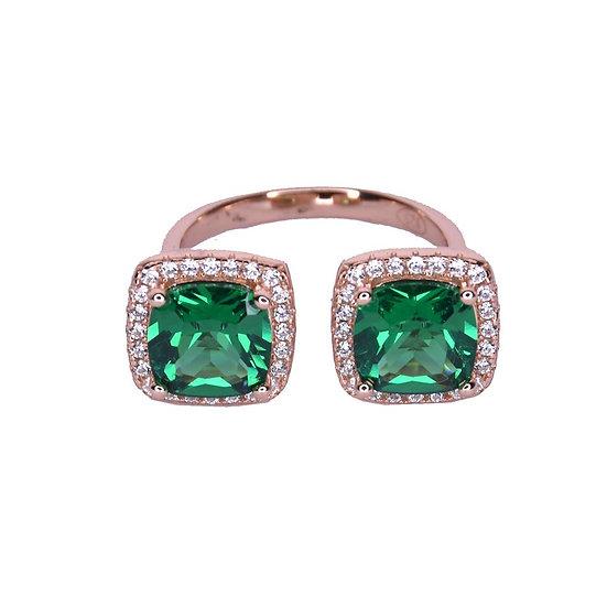טבעת שני ריבועים אבני חן ירוקות