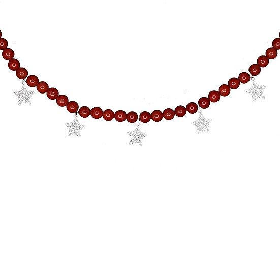 שרשרת חרוזים אדומים עם כוכבים