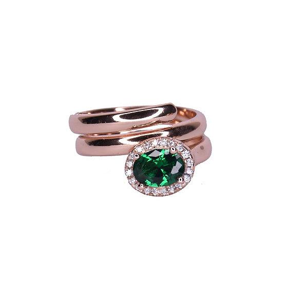 טבעת ספירלה עם אבן אובלית ירוקה