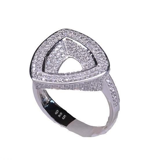 טבעת משולש חלול