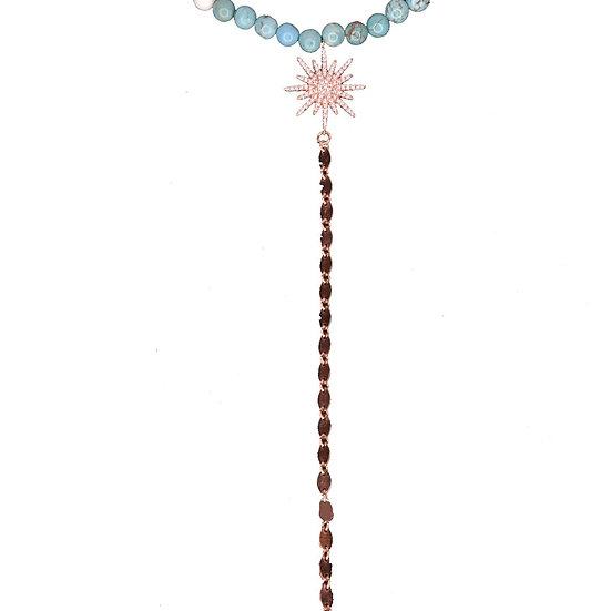 שרשרת חרוזים טורקיז/לבנים עם כוכב זיקוק ושרשרת נופלת