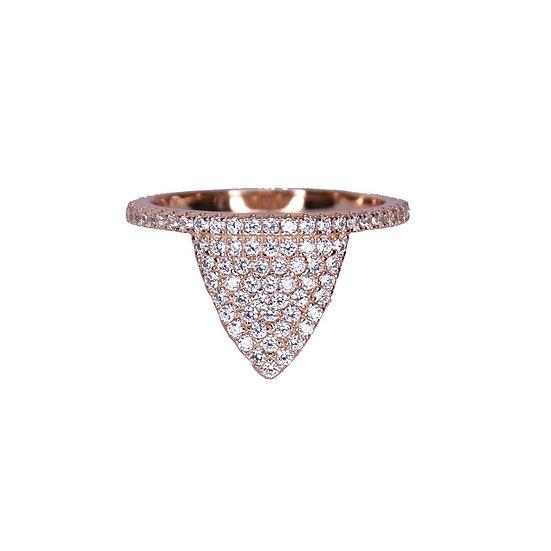 טבעת משולש שפיץ משובצת