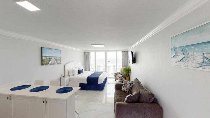 Island-Inn-518-Rescan-Feb-2021-Room from
