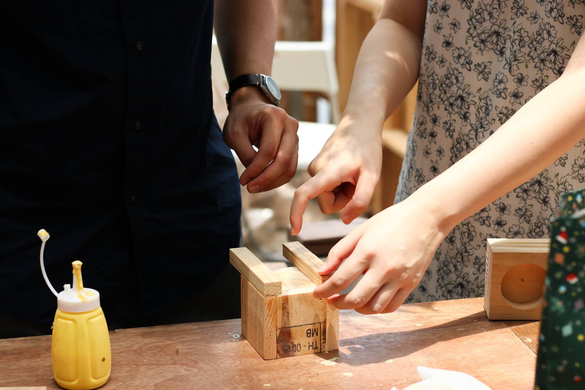 Upcycling workshop (For a 30 pax group)