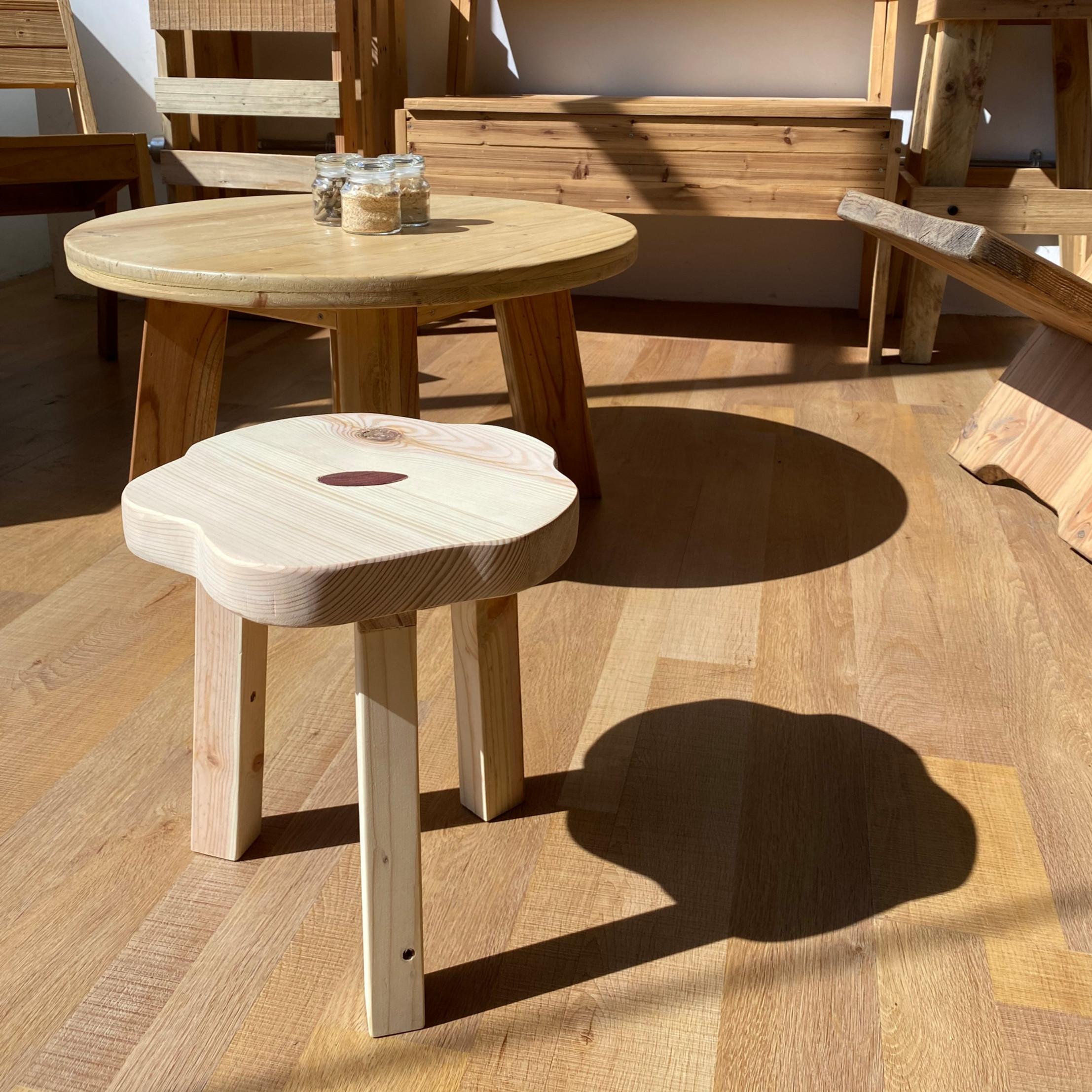 Hana stool workshop