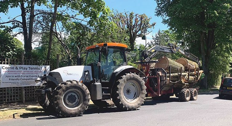 tractor pic 2.jpg