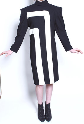 80's Black and Cream Angular Sleeve Dress