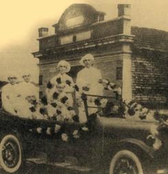 carro decorado sépia