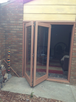 2 door 1 Light 2130 x 1830 3