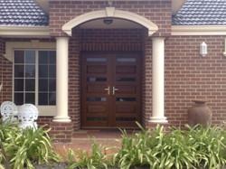 Leeds DBL Door Clear 1
