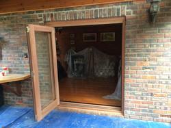 2 Door 1 Light 2130 x 1800 finished 2
