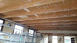 De houten balkenpfafond van De Drie Pilaren (Friesland, Heerenveen, Oudeschoot)