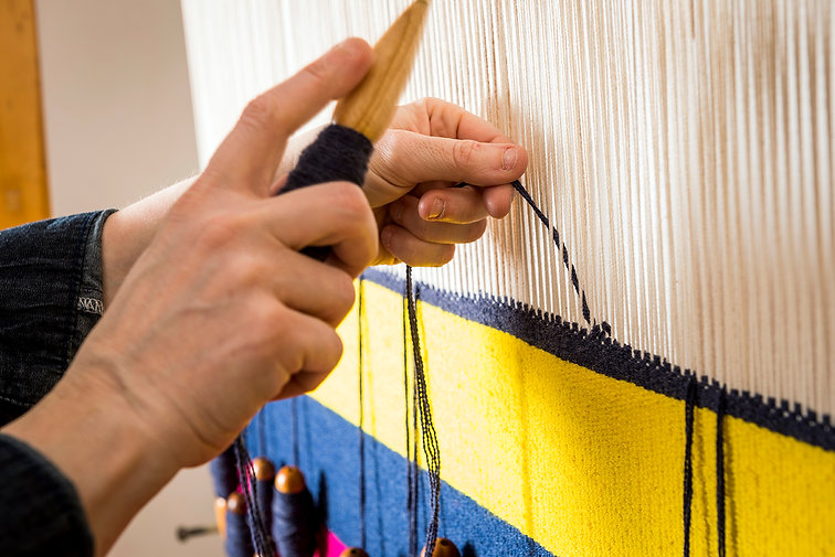 Weaving a Martin Creed tapestry