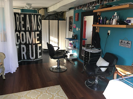 Mardi Mack's home hair studio