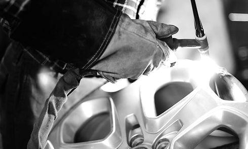 Réparation et rénovation de jante Sion Valais Audi BMW Mercedes VW Porsche Ferrari Lamborghini Land Rover