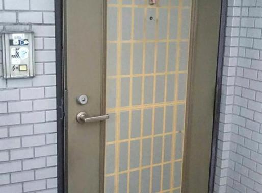 リシェントで玄関ドアを素敵にリフォーム