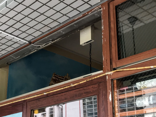 排煙窓のカバー工事