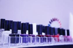 Vasta gamma di prodotti per ilìestetica delle unghie