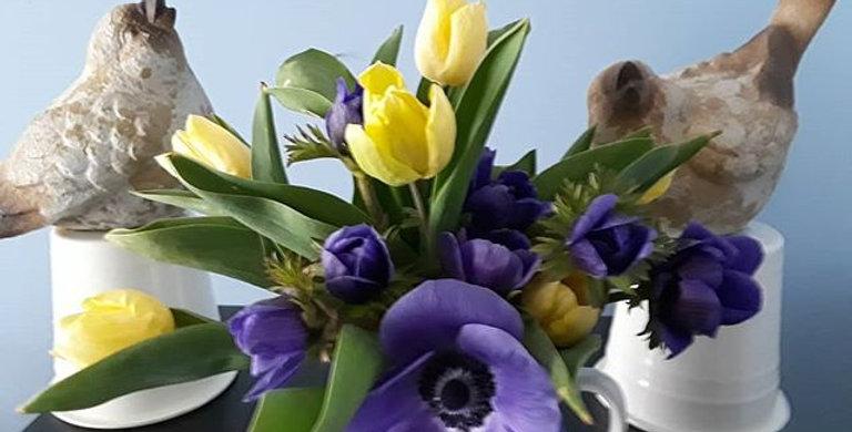 Early Spring Flower Share 4 weeks April 1- April 30