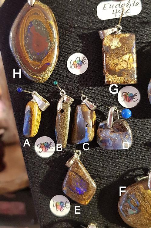 Choix entre 12 Pendentifs Opale Boulder