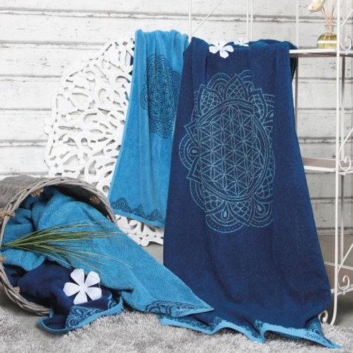 serviette de bain bleu