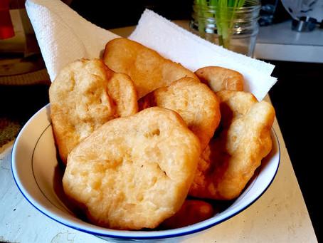Panamanian hojaldas (Fried Bread)
