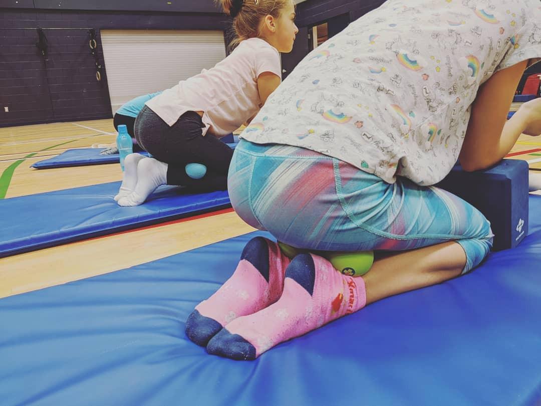 massage avec balles thérapeutiques pour patinage canada