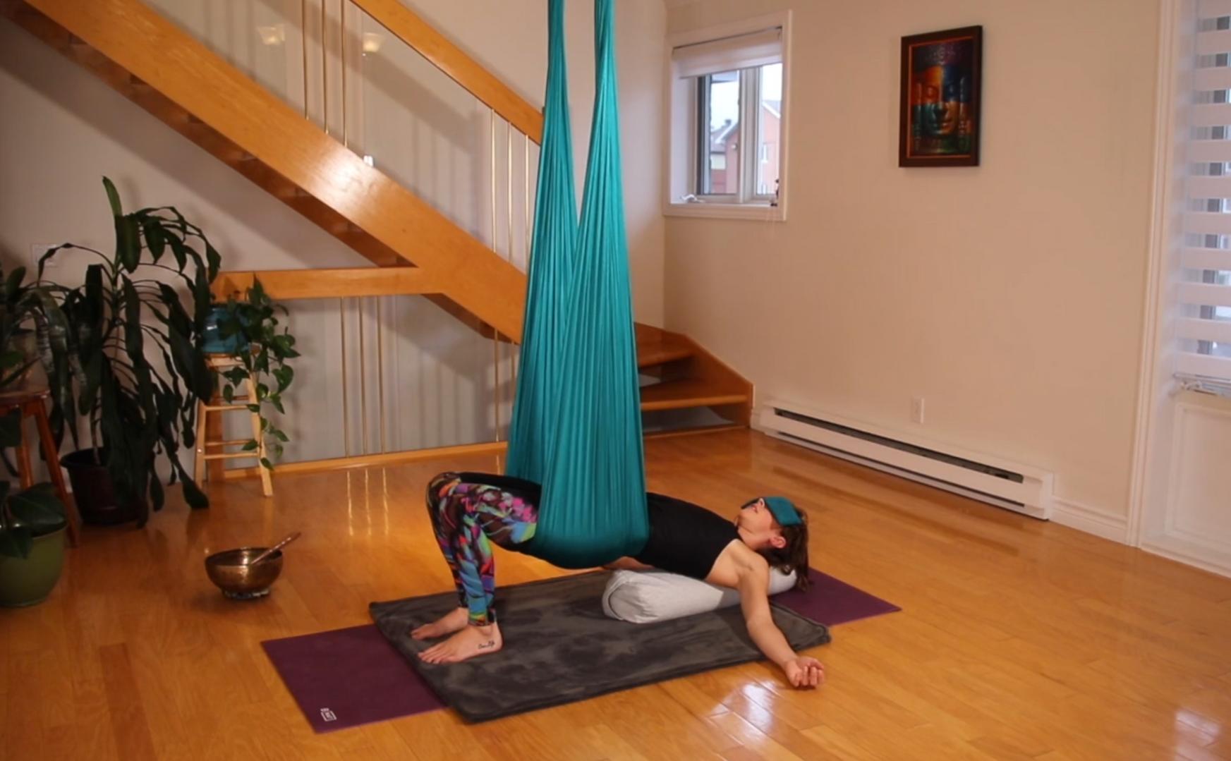air yin yoga aérien.png